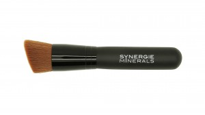 Brush Foundation-Maxi21-300x168